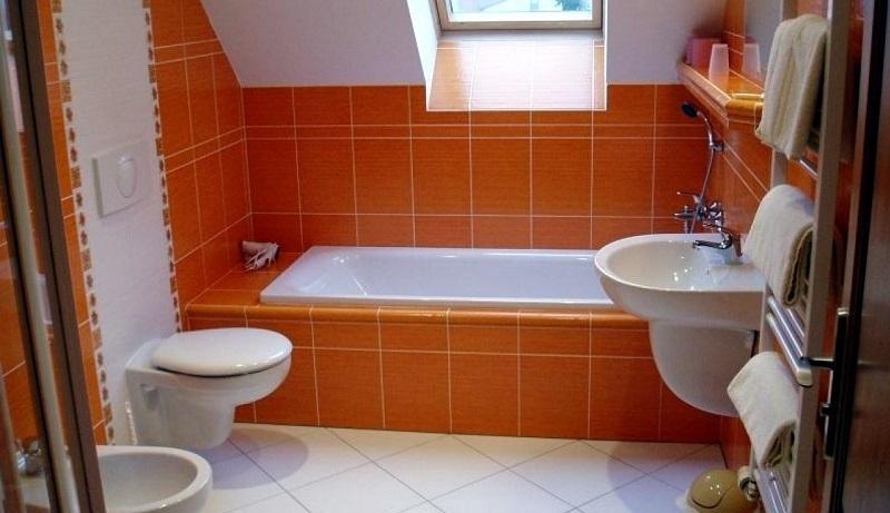 Укладка плитки в ванной в СПб